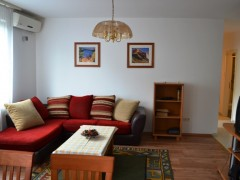 Debrecen, Szent Anna utca - Sunny, 4 bedrooms flat is for rent in the city Centre