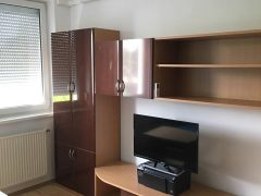 Debrecen, Komlóssy utca - 1bedroom+iving room flat front of the univerity