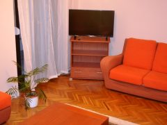 Debrecen, Vezér utca - Hoomy flat with 2 beds next to Economics Faculty