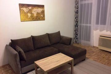 Debrecen, Honvéd utca - Renewed 1bedroom+living room flat on Honvéd street