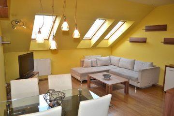 Debrecen, Kassai út - Three bedrooms+living room flat on Kassai street