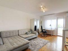Debrecen, Egyetem sugárút - Sunny flat near to Main building