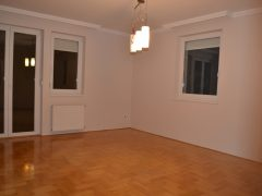 Debrecen, Hadházi út - Bright and spacious flat next to Kassai Campus