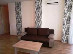 Debrecen, Füredi út - Ikea style flat close to Uni