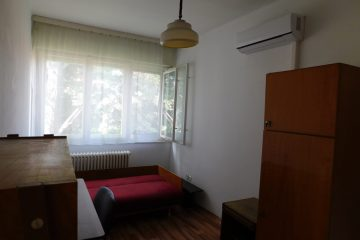 Debrecen, Weszprémi utca - Three bedrooms flat is for rent next to tramline