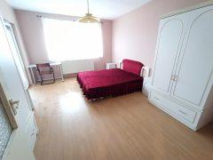 Debrecen, Arany János utca - 3 bedrooms apartment in City centre