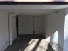 Debrecen, Damjanich utca - Garage for rent close to Kassai Campus